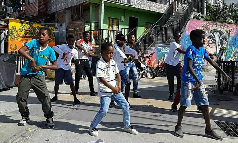 Medellin dancing street